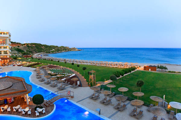 Elysium Resort a Rodi.