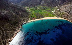 La fantastica baia di Diamoudia per le immersioni a Ios nelle Cicladi.