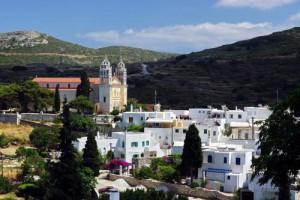 Il villaggio di Lefkes sull'isola greca di Paros.