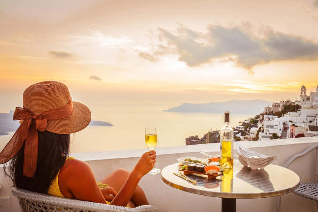 Vacanza romantica a Santorini.