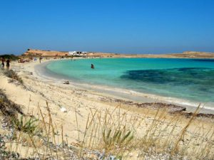 Pori, una delle spiagge dell'isola greca Koufonissi.