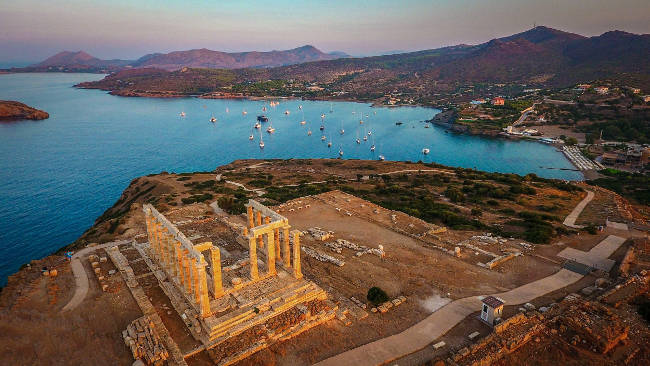Fantastico panorama a Capo Sounion in Grecia, vicino Atene.