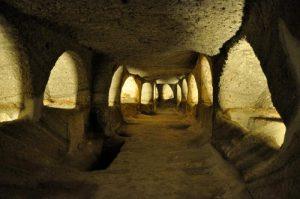 Le catacombe di Milos, Grecia.