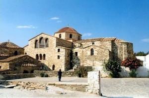 La chiesa bizantina di Panagia Ekatontapiliani a Palikia.