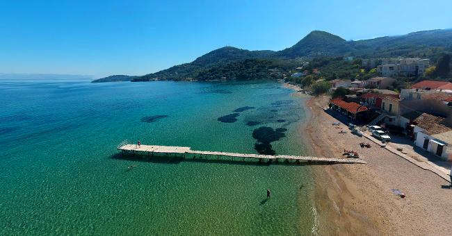 La parte meridionale della spiaggia di Messonghi.