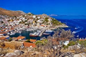 L'isola greca di Hydra, vista sul porto.