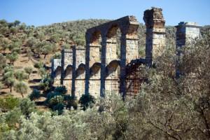 Acquedotto Romano di Lesbo, da vedere in Grecia.