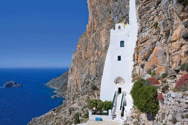 Amorgos, il monastero di Panagia Hozoviotissa.