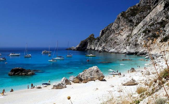 La baia di Calipso sull'isola greca di Othoni.