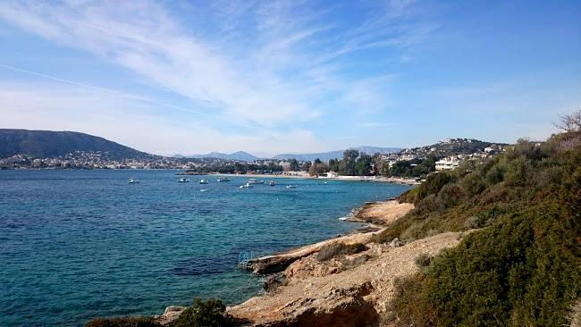 La zona di Porto Rafti, uno dei litorali più belli della costa ateniese.
