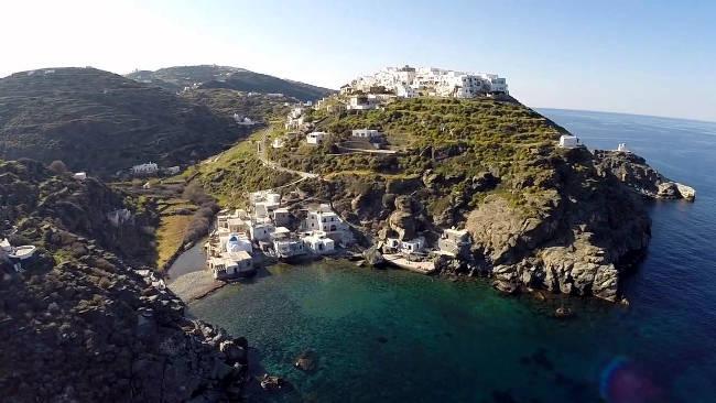 L'incantevole isola greca di Sifnos, meraviglia delle Cicladi.