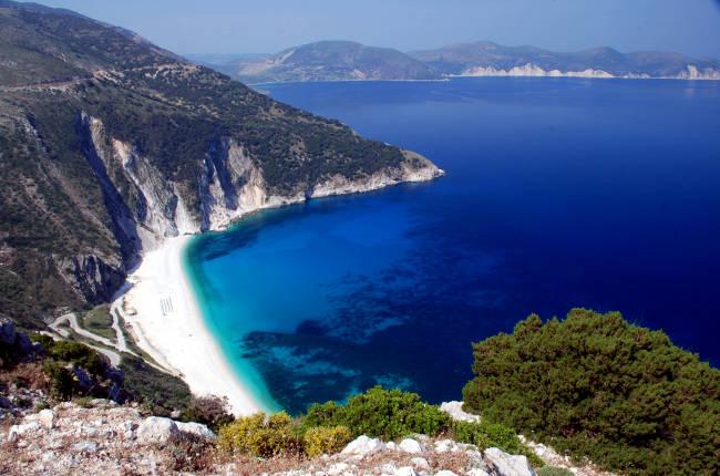 La spiaggia di Myrtos, la più bella di Cefalonia.