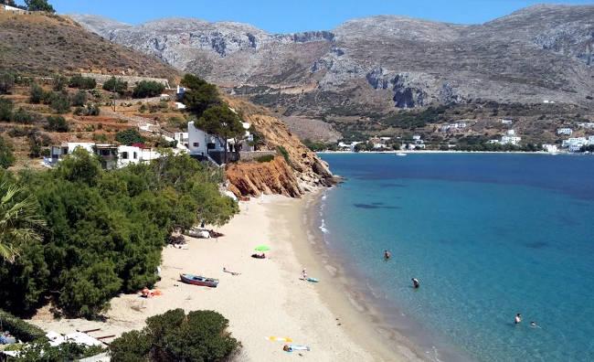 L'incantevole e tranquilla spiaggia di Psili Ammos.