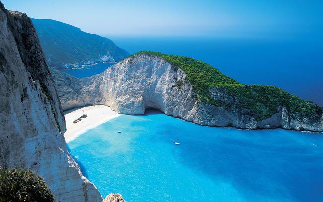spiaggia del naufragio a Zante Grecia.